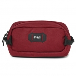 Купить Несессер  Oakley STREET BEAUTY CASE RASPBERRY